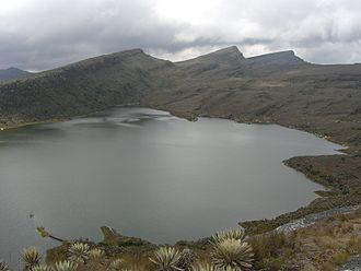 330px-Laguna_Chisacá_-_PNN_Sumapaz_wikimedia